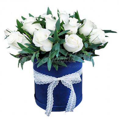 """Цветы в коробке """"Сьюзи"""""""